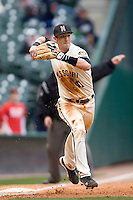 Missouri TIger 3B Jesse Santo against the Houston Cougars on Friday March 5th, 2100 at the Astros College Classic in Houston's Minute Maid Park.  (Photo by Andrew Woolley / Four Seam Images)