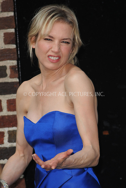 WWW.ACEPIXS.COM . . . . . ....August 20 2009, New York City....Actress Renee Zellweger made an appearance at the 'Late Show with David Letterman' on August 20 2009 in New York City....Please byline: KRISTIN CALLAHAN - ACEPIXS.COM.. . . . . . ..Ace Pictures, Inc:  ..tel: (212) 243 8787 or (646) 769 0430..e-mail: info@acepixs.com..web: http://www.acepixs.com