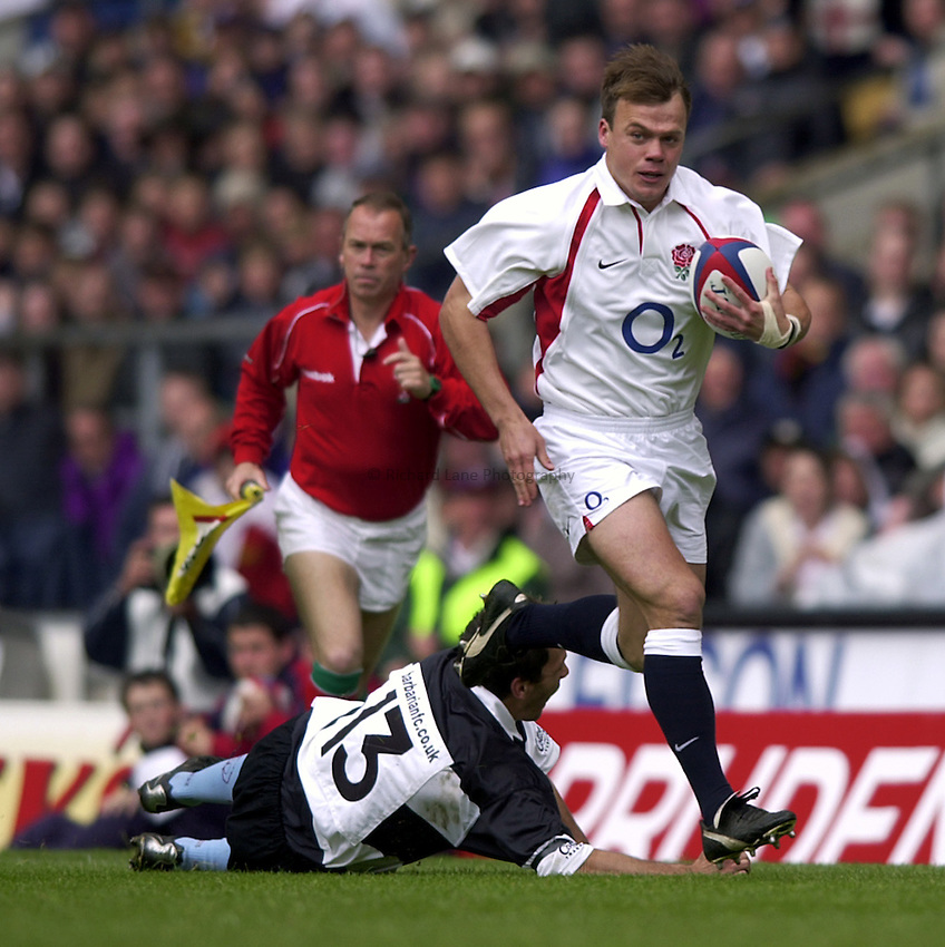 Photo. Richard Lane. .England v Barbarians at Twickenham.The Prudential Tour. 26-5-2002.Phil Christophers attacks.