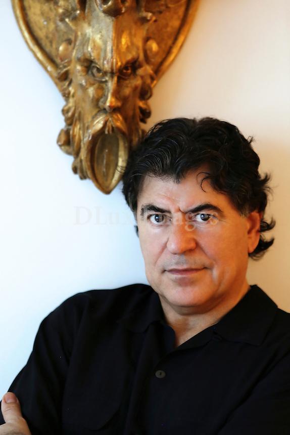 Portrait of Philip Tsiaras
