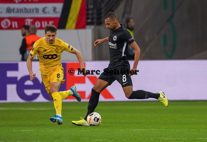 Djibril Sow (Eintracht Frankfurt) gegen Gojko Cimirot (Standard Lüttich, R. Standard de Liege) - 24.10.2019:  Eintracht Frankfurt vs. Standard Lüttich, UEFA Europa League, Gruppenphase, Commerzbank Arena<br /> DISCLAIMER: DFL regulations prohibit any use of photographs as image sequences and/or quasi-video.