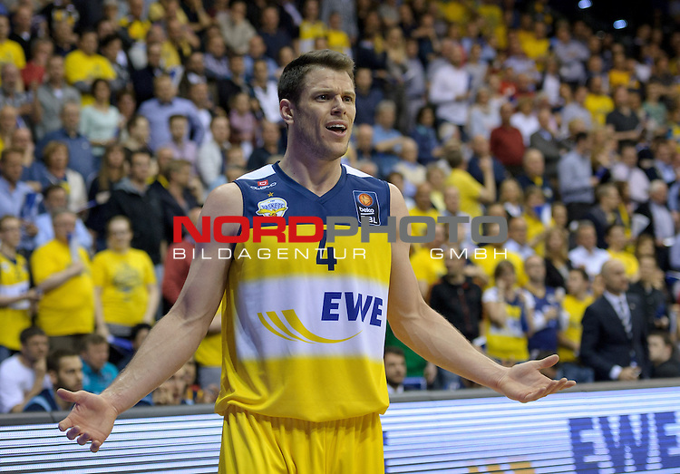 13.05.2015, EWE Arena, Oldenburg, GER, BBL, Play-Off VF, EWE Baskets Oldenburg vs ALBA BERLIN, im Bild Chris Kramer (Oldenburg #4)<br /> <br /> Foto &copy; nordphoto / Frisch