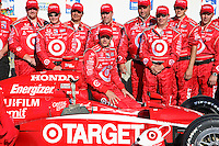 Dan Wheldon and crew pose for photos in Victory Lane after winning  the IndyCar Series Kansas Lottery Indy 300 at Kansas Speedway in Kansas City, Kansas on April 29, 2007.