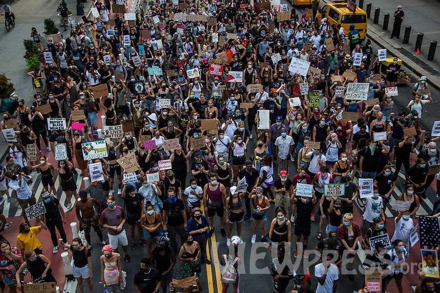 "NEW YORK, NY - JULY 26: Huge crowd of protesters march in downtown New York, NY on July 26, 2020. Hundreds of New York activists participated in a march to condemn what they see as an excessive focus of the federal authorities in Portland, Oregon and continue to support the different movements of ""Black Lives Matter"" (Photo by Pablo Monsalve / VIEWpress via Getty Images)"