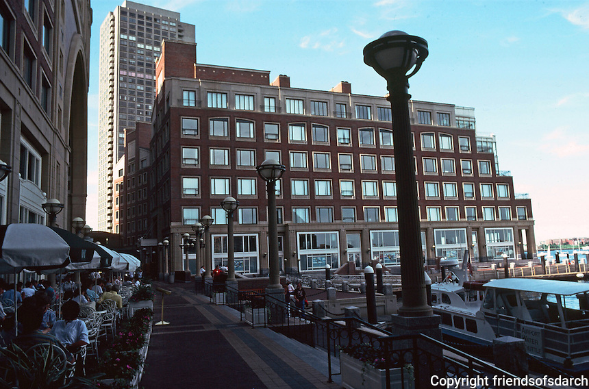Boston:  Rowes Wharf--late afternoon.  Photo '91.