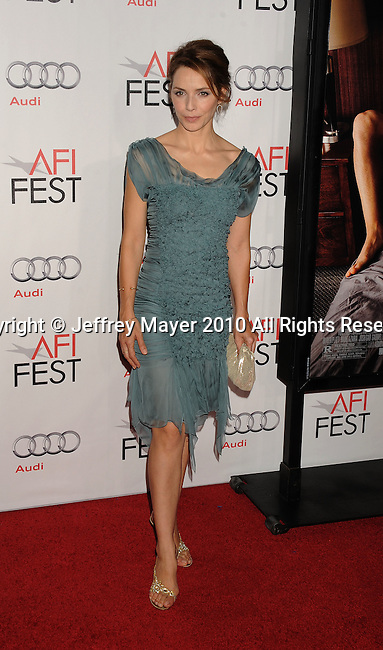 """HOLLYWOOD, Caiifornia - November 04: Mili Avital arrives at the AFI Fest 2010 Opening Night Gala screening of """"Love And Other Drugs"""" at Grauman's Chinese Theatre on November 4, 2010 in Hollywood, California."""