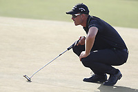 Henrik Stenson (SWE) lines up a putt on the 16th hole during the 118th U.S. Open Championship at Shinnecock Hills Golf Club in Southampton, NY, USA. 17th June 2018.<br /> Picture: Golffile | Brian Spurlock<br /> <br /> <br /> All photo usage must carry mandatory copyright credit (&copy; Golffile | Brian Spurlock)