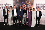 Spanish actresses Alejandra Onieva (4R), Ana de Armas (2L) and Marina Salas (2R), actors Martino Rivas (C) and Jan Cornet (R) and director David Menkel (3L) pose during `Por un punado de besos´ premiere film photocall at Palafox cinemas in Madrid, Spain. May 14, 2014. (ALTERPHOTOS/Victor Blanco)