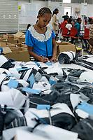 ETHIOPIA , Southern Nations, Hawassa or Awasa, Hawassa Industrial Park, chinese-built for the ethiopian government to attract foreign investors with low rent and tax free to establish a textile industry and create thousands of new jobs, textile company Hela Indochine Apparel PLC a joint venture of sri lankan and chinese companies / AETHIOPIEN, Hawassa, Industriepark, gebaut durch chinesische Firmen fuer die ethiopische Regierung um die Hallen fuer Textilbetriebe von Investoren zu vermieten, Textilfabrik Hela Indochine Apparel PLC