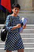 Ministre des Droits des femmes et porte parole du gouvernement : Najat Vallaud Belkacem .Francia Consiglio dei Ministri.Parigi 18/7/2012.Foto Insidefoto / Christian Liewig / FEP / Panoramic.Italy Only