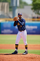 Montgomery Biscuits starting pitcher Zach Lee (17) gets ready to deliver a pitch during a game against the Biloxi Shuckers on May 8, 2018 at Montgomery Riverwalk Stadium in Montgomery, Alabama.  Montgomery defeated Biloxi 10-5.  (Mike Janes/Four Seam Images)