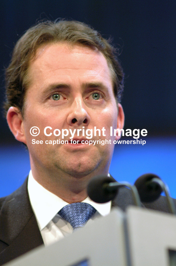 Dr Liam Fox, MP, Conservative Party, Britain, UK. Ref: 2000100444. Taken at Conservative Party Annual Conference in Bournemouth, England. October 2000..Copyright Image from Victor Patterson, 54 Dorchester Park, Belfast, UK, BT9 6RJ..Tel: +44 28 9066 1296.Mob: +44 7802 353836.Voicemail +44 20 8816 7153.Skype: victorpattersonbelfast.Email: victorpatterson@mac.com.Email: victorpatterson@ireland.com (back-up)..IMPORTANT: If you wish to use this image or any other of my images please go to www.victorpatterson.com and click on the Terms & Conditions. Then contact me by email or phone with the reference number(s) of the image(s) concerned.