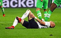 Marius Wolf (Eintracht Frankfurt) hat Schmerzen - 26.01.2018: Eintracht Frankfurt vs. Borussia Moenchengladbach, Commerzbank Arena