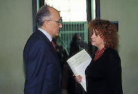 Procuratore capo FRANCESCO SAVERIO BORRELLI capo del pool Mani Pulite con ILDA BOCCASSINI<br />