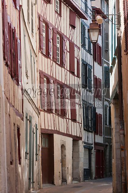 Europe/France/Aquitaine/64/Pyrénées-Atlantiques/Pays-Basque/Bayonne: Maisons à colombage - Rue Passemillon