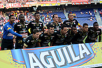BARRANQUIILLA -COLOMBIA-08-02-2015. Jugadores del Once Caldas posan para  una foto previo al encuentro con Atlético Junior por la fecha 2 de la Liga Águila I 2015 jugado en el estadio Metropolitano Roberto Meléndez de la ciudad de Barranquilla./ Players of Once Caldas pose to a photo prior the match against Atletico Junior for the second  date of the Aguila League I 2015 played at Metropolitano Roberto Melendez stadium in Barranquilla city.  Photo: VizzorImage/Alfonso Cervantes/STR