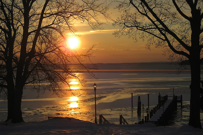 A winter sunset on the shores of Sandy Cove in Maryland