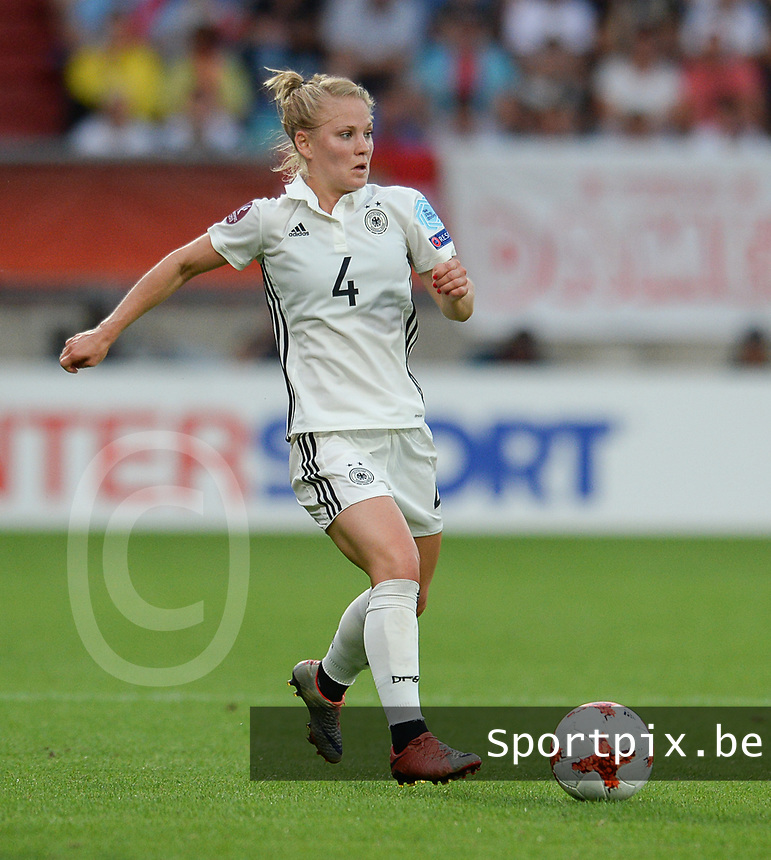 20170721 - TILBURG , NETHERLANDS : German Leonie Maier  pictured during the female soccer game between Germany and Italy  , the second game in Group B at the Women's Euro 2017 , European Championship in The Netherlands 2017 , Friday 21th of july 2017 at Stadion Koning Willem II in Tilburg , The Netherlands PHOTO SPORTPIX.BE | DIRK VUYLSTEKE