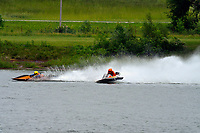 Frame 4: 30-H, 44-S spins out in turn 2   (Outboard Hydroplanes)   (Saturday)
