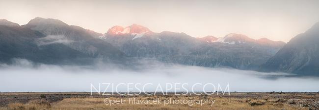 Dawn over Southern Alps, Arthur's Pass National Park, Canterbury, South Island, New Zealand, NZ