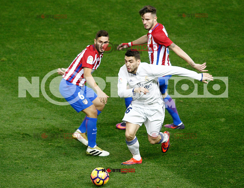 Atletico de Madrid's Koke Resurrecccion (l) and Saul Niguez (r) and Real Madrid's Mateo Kovacic during La Liga match. November 19,2016. (ALTERPHOTOS/Acero) /NORTEPHOTO.COM