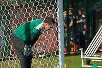 SAO PAULO, SP, 23.09.2014 - TREINO PALMEIRAS - O GOLEIRO do Palmeiras, FERNANDO PRASS, durante o treino no CT do Palmeiras na Barra funda nesta terça-feira (23). (Foto: Marcelo Brammer / Brazil Photo Press)