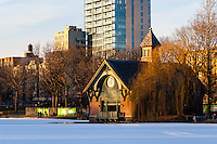 US, New York City, Central Park. Harlem Meer, Charles A. Dana Discovery Center.