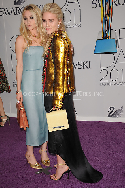 WWW.ACEPIXS.COM . . . . . .June 6, 2011...New York City.....Ashley Olsen and Mary-Kate Olsen attend the 2011 CFDA Fashion Awards at Alice Tully Hall, Lincoln Center on June 6, 2011 in New York City......Please byline: KRISTIN CALLAHAN - ACEPIXS.COM.. . . . . . ..Ace Pictures, Inc: ..tel: (212) 243 8787 or (646) 769 0430..e-mail: info@acepixs.com..web: http://www.acepixs.com .