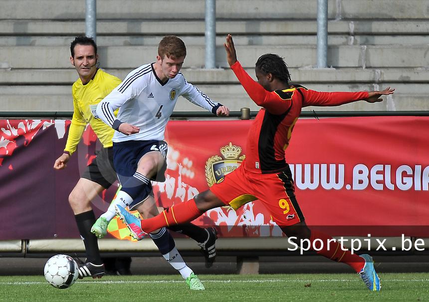 Scotland U19 - Belgium U19 : Stuart Findlay (4) and Nathan Kabasele (9).foto DAVID CATRY / Nikonpro.be