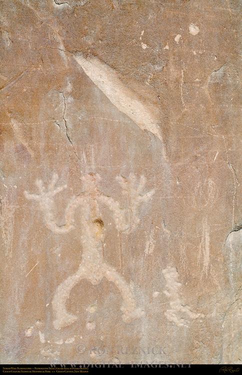 North Wall Anthropomorphic Petroglyph, Petroglyph Trail Chetro Ketl to Pueblo Bonito, Chaco Culture National Historical Park, Chaco Canyon, Nageezi, New Mexico
