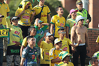 NEIVA - COLOMBIA, 18-07-2015: Hinchas del Huila animan a su equipo durante el partido entre Atlético Huila y Leones F.C. por la fecha 7 de la Liga Águila II 2018 jugado en el estadio Guillermo Plazas Alcid de la ciudad de Neiva. / Fans of Huila cheer for their team during the match between Atletico Huila and Leones F.C. for the date 7 of the Aguila League II 2018 played at Guillermo Plazas Alcid in Neiva city. VizzorImage / Sergio Reyes / Cont