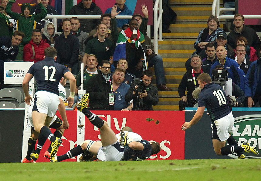 South Africa's Bryan Habana scores his sides third try<br /> <br /> Photographer Rich Linley/CameraSport<br /> <br /> Rugby Union - 2015 Rugby World Cup Pool B - South Africa v Scotland - Saturday 3rd October 2015 - St James's Park - Newcastle<br /> <br /> &copy; CameraSport - 43 Linden Ave. Countesthorpe. Leicester. England. LE8 5PG - Tel: +44 (0) 116 277 4147 - admin@camerasport.com - www.camerasport.com