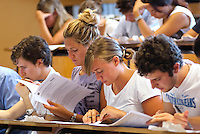 Studenti durante il test ammissione alla facoltà di medicina e chirurgia. Milano, 5 settembre, 2011...Students during the Medicine and Surgery University entrance test. Milan, September 5, 2011