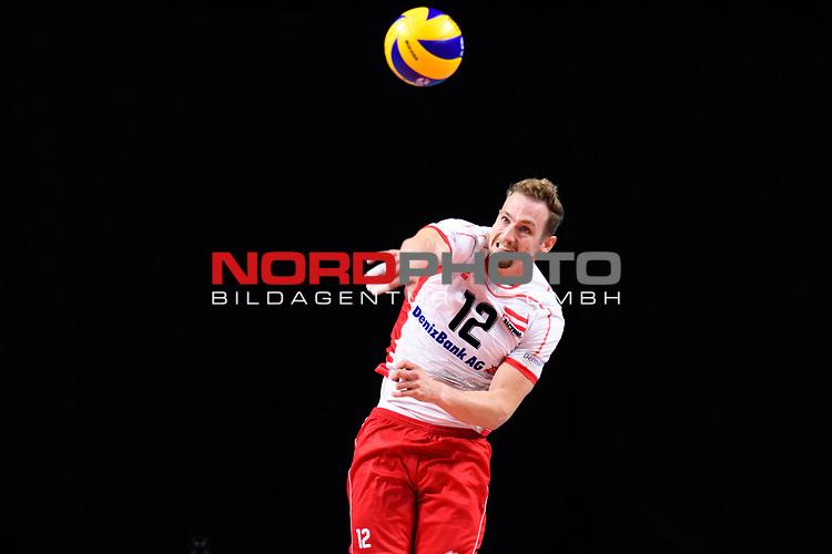 13.09.2019, Paleis 12, BrŸssel / Bruessel<br />Volleyball, Europameisterschaft, Belgien (BEL) vs. …sterreich / Oesterreich (AUT)<br /><br />Aufschlag / Service Alexander Berger (#12 AUT)<br /><br />  Foto © nordphoto / Kurth
