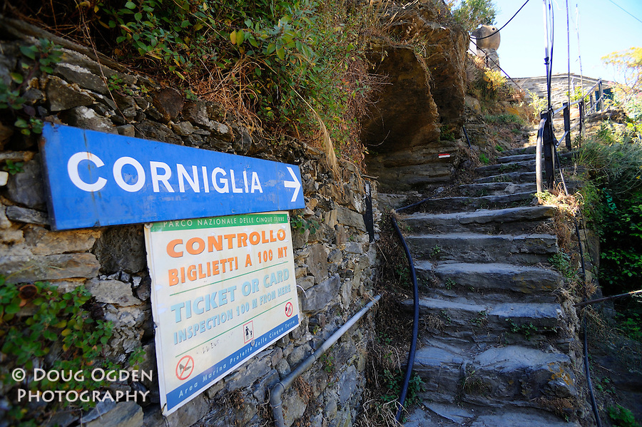 Directions for the next trail. Cinque Terre, Italy