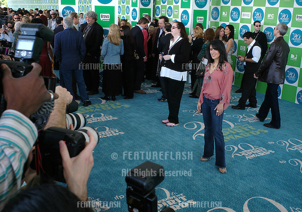SALMA HAYEK at the 20th Annual IFP Independent Spirit Awards on the beach at Santa Monica, CA.February 26, 2005; Santa Monica, CA..© Paul Smith / Featureflash