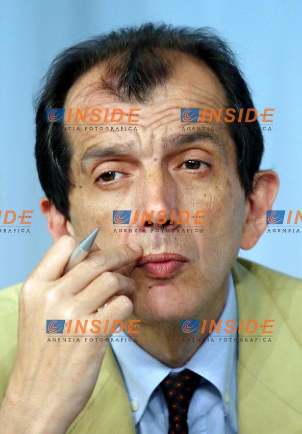 Roma 07-07-2006 Conferenza Stampa del Consiglio dei Ministri<br /> Nella foto Silvio Sircana<br /> Photo Serena Cremaschi Insidefoto