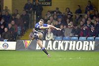 31/01/2004 Parker Pen Challenge Trophy.Bath Rugby v Beziers.Olly Barkley...   [Mandatory Credit, Peter Spurier/ Intersport Images].