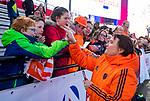 UTRECHT - bondscoach Alyson Annan (Ned) geeft h de Pro League hockeywedstrijd wedstrijd , Nederland-China . COPYRIGHT  KOEN SUYK