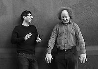 Retratos  de John Oliver y su socio de comedia Andy Zaltzman en *Nueva*York*, *NY* 11 de marzo 2012 en *Nueva*York*, *NY*.<br /> ***PRECIOS*Premium*S&oacute;lo***<br /> (Foto:&copy;Jen Maler/Mediapunch/NortePhoto.com*)<br /> **SOLO*VENTA*EN*MEXICO**<br /> **CREDITO*OBLIGATORIO** <br /> *No*Venta*A*Terceros*