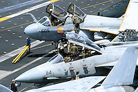 "- F 14 ""Tomcat"" fighter aircraft and a  A 6 ""Prowler "" on Nimitz aircraft carrier....- aerei da caccia F 14 ""Tomcat"" e un A 6 ""Prowler "" a bordo della portaerei Nimitz.."