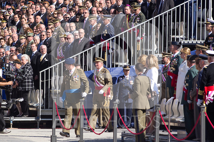 01.10.2012. The Spanish Royal Family, King Juan Carlos, Queen Sofia, Prince Felipe, Princess Letizia and Princess Elena attend the imposition of collective Distinguished Cross San Fernando Al Banner Armored Cavalry Regiment ´Alcántara´ No. 10 in the Royal Palace in Madrid, Spain. In the image King Juan Carlos, Queen Sofia, Prince Felipe, Princess Letizia and Princess Elena  (Alterphotos/Marta Gonzalez)