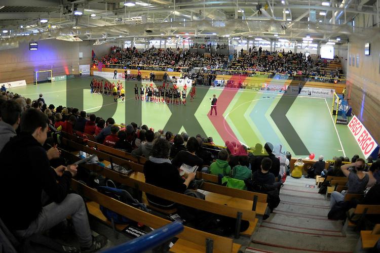 GER - Luebeck, Germany, February 06: Before the 1. Bundesliga Damen indoor hockey semi final match at the Final 4 between Berliner HC (blue) and Duesseldorfer HC (red) on February 6, 2016 at Hansehalle Luebeck in Luebeck, Germany. Final score 1-3 (HT 0-1). <br /> <br /> Foto &copy; PIX-Sportfotos *** Foto ist honorarpflichtig! *** Auf Anfrage in hoeherer Qualitaet/Aufloesung. Belegexemplar erbeten. Veroeffentlichung ausschliesslich fuer journalistisch-publizistische Zwecke. For editorial use only.