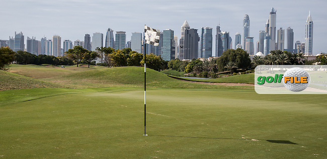 9th green at The Address Montgomerie Golf Club, Dubai, United Arab Emirates.  27/01/2016. Picture: Golffile | David Lloyd<br /> <br /> All photos usage must carry mandatory copyright credit (&copy; Golffile | David Lloyd)