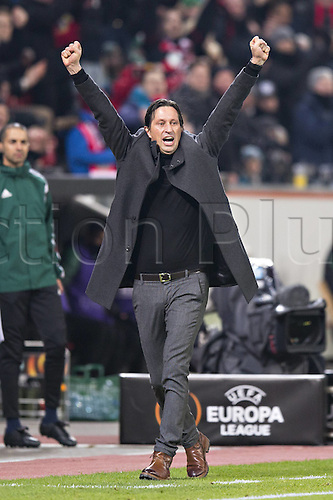 25.02.2016. Leverkusen, Germany. UEFA Europa League football. Bayer Leverkusen versus Sporting Lisbon.  Celebrations for the goal scored for 1:0 from Karim Bellarabi by  Trainer Roger Schmidt (Bayer)