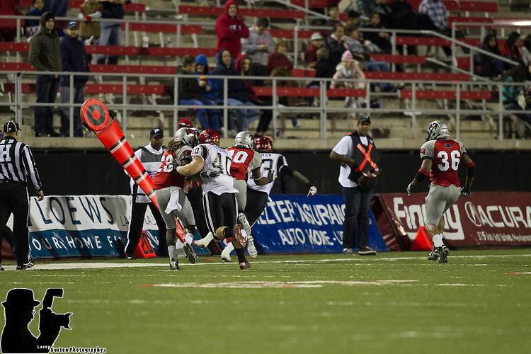 2011-11-26 : UNLV Rebels vs San Diego Aztecs football, Rebels fall apart in 31-14 defeat