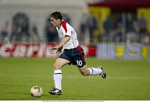 MICHAEL OWEN, Liechtenstein 0 v ENGLAND 2, UEFA European Championship Qualifier, Vaduz, 030329. Photo: Glyn Kirk/Action Plus...2003 football soccer international internationals player .