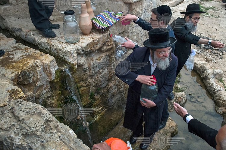 Ultra-Orthodox Jews collect water from a spring to be kept overnight and used the following day to make Matzah bread for the Passover (Pesach) holiday. The Matzah bread produced with water from the spring is called 'Mayim Shelanu' ('water that has slept'), and are considered the most revered of all Matzahs.