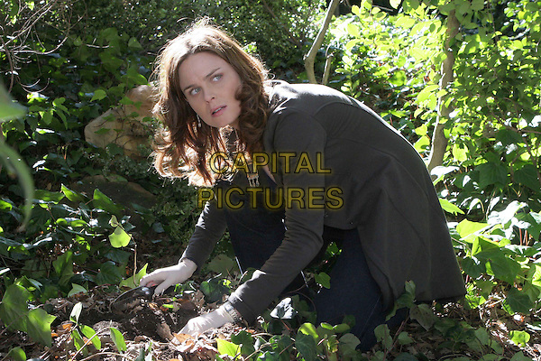 """EMILY DESCHANEL.in Bones .""""The Woman in the Garden"""".*Editorial Use Only*.www.capitalpictures.com.sales@capitalpictures.com.Supplied by Capital Pictures."""