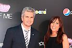 LOS ANGELES - JUN 26: Dan Cutforth, Jane Lipsitz at the premiere of Paramount Insurge's 'Katy Perry: Part Of Me' held on June 26, 2012 in Hollywood, Los Angeles, California